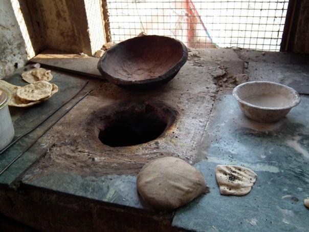 gliniany piec do wypiekania roti/ciapati