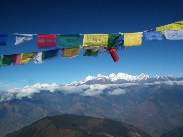 od lewej: Manaslu (8156 m), 4 szczyty Ganesh Himal (7422 m)