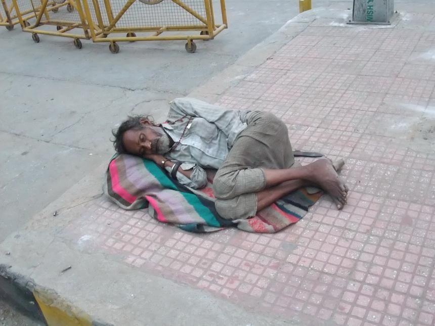 Sypiam na ulicy