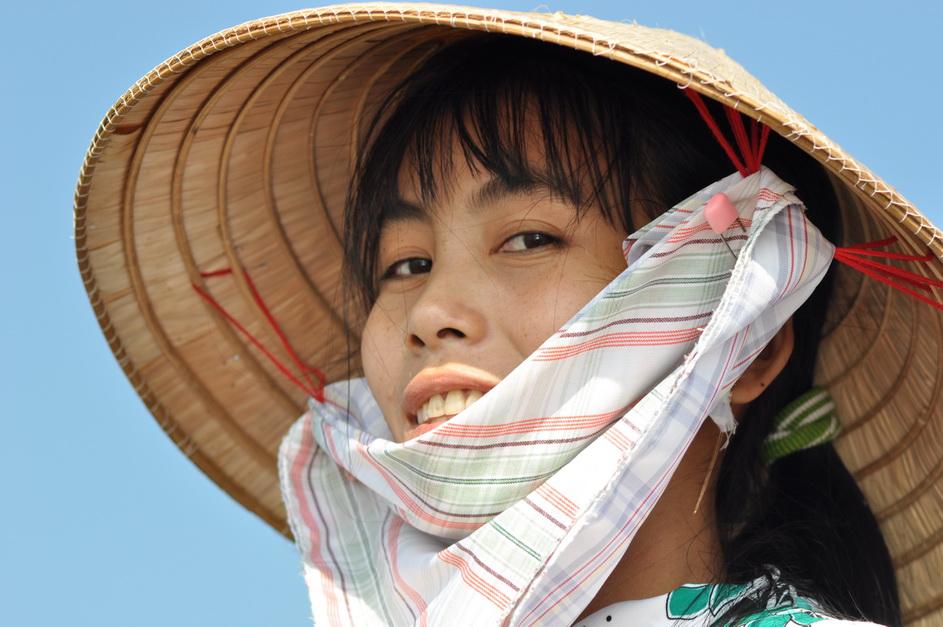 dumny i uśmiechnięty - taki jest przeciętny Wietnamczyk