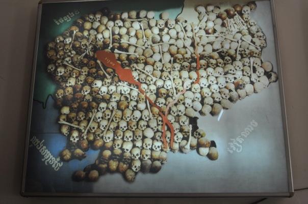 Pod rządami Czerwonych Khmerów cała Kambodża zamieniła się w jedno wielkie Pole Śmierci
