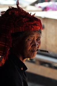 Kobieta z plemienia Pa-Oh