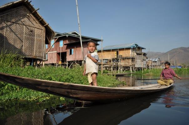 Świat równoległy birmańskich wiosek na wodzie