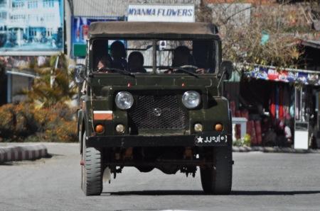 Większość przygranicznych prowincji jest stale kontrolowana przez wojsko w obawie przez kolejnymi powstaniami
