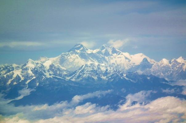 Jeśli dobrze udało nam się ustalić, to po lewej Mount Everest a po prawej Lhotse