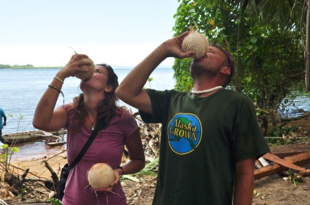 """Jak mawia nasz kapitan """"Where the coconuts don't grow, don't go!"""", czyli w wolnym tłumaczeniu """"Miejsca, gdzie nie uświadczysz kokosa, omijaj z ukosa!"""""""