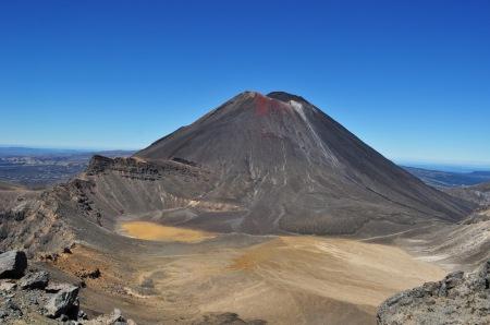 Mt Ngauruhoe, czyli tolkienowska Góra Przeznaczenia i centrum dowodzenia Mordoru. I pomyśleć, że Frodo wdrapał się na szczyt.