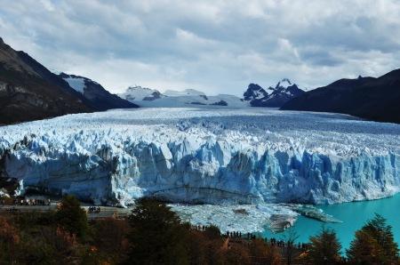 Perito Moreno w natarciu