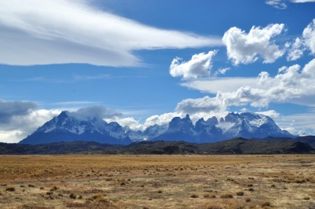 Masyw Torres del Paine. Nie wygląda na ponad 120 km chodzenia, prawda?