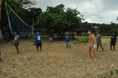 Siatkarska kadra czeka, czyli mistrzostwa o puchar sołtysa na Fidżi