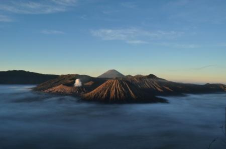 Dlaczego wschód słońca musi być zawsze o świcie? (Bromo, Indonezja)